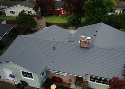Charcoal Gray Woodgrain Shingle - Beaverton, OR